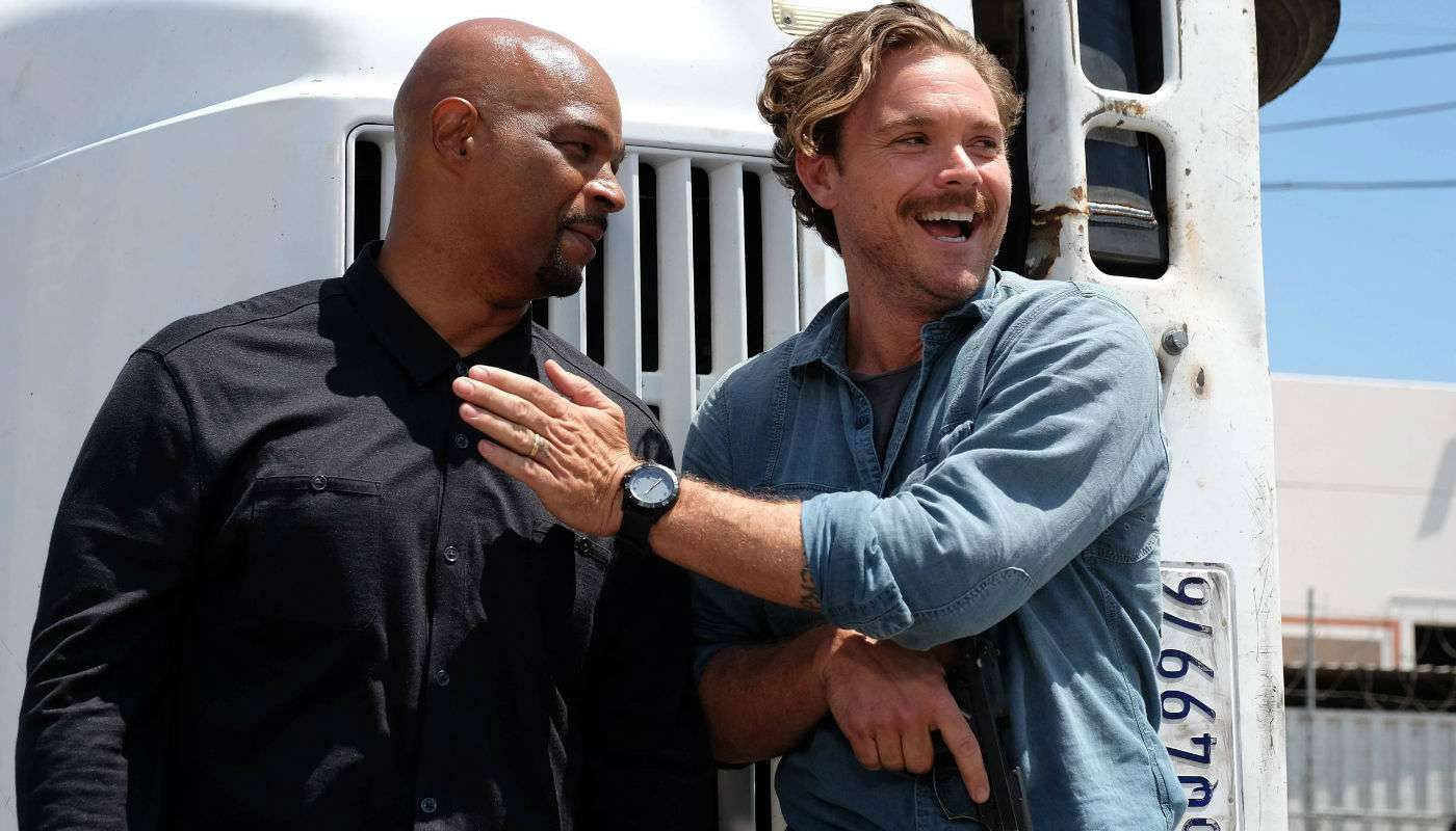 lethal weapon 103 clayne crawford damon wayans 1478670453 76 218 244 188 The Murtaugh/Riggs bromance makes Lethal Weapon must see TV