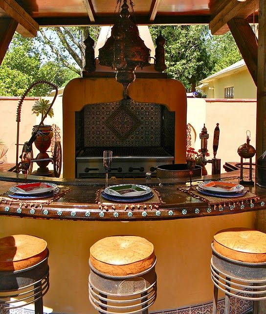 9 Outdoor Patio Kitchens For Party Perfect Entertaining: These Barstools Are A Wonderful Find!