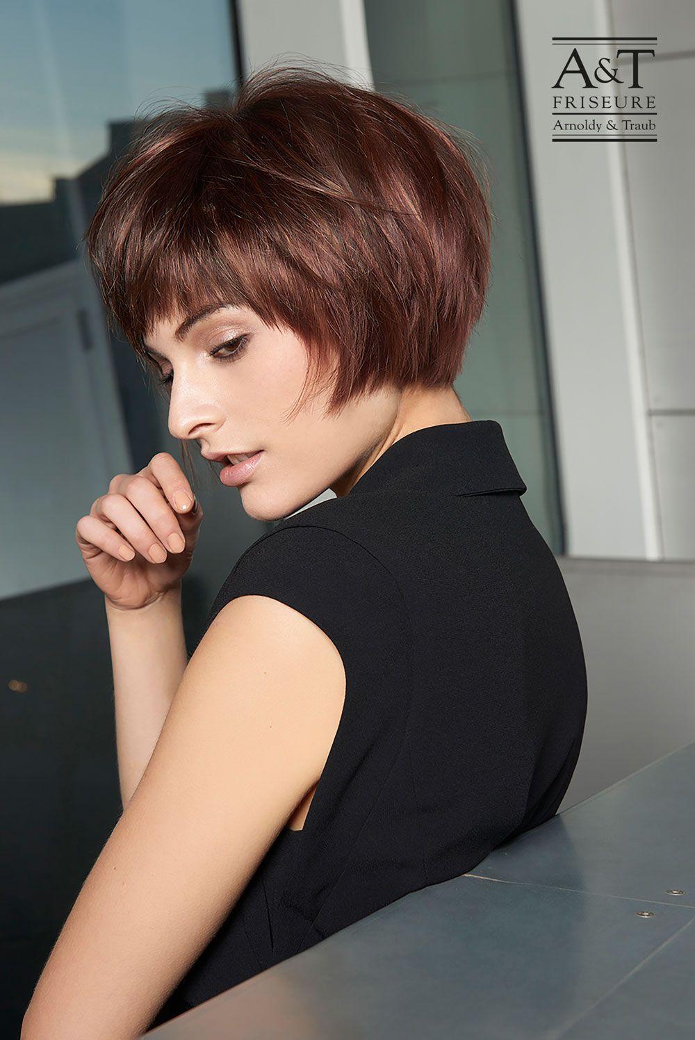 Frisuren Kurz Gestuft Frech 2021 Haarschnitt Damen Kurze Haare Frauen Bob Haarschnitt