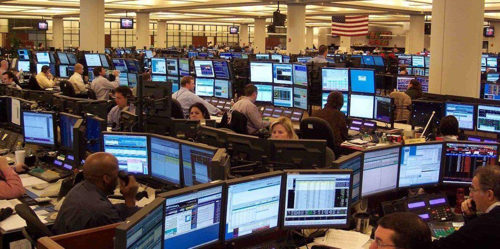 stock-vector-bank-business-finance-worker-staff-agent-consultant - stock broker job description