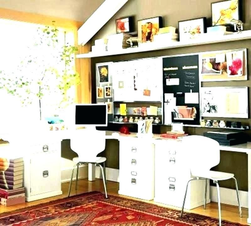Decorate Small Office At Work Desk Work Office Decorating Ideas