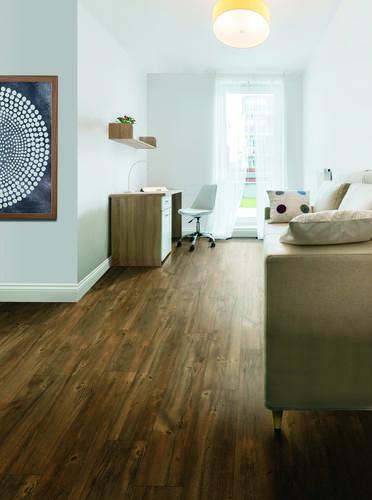 Bravado Laminate Flooring Oak Suede 21 36 Sq Ft Ctn At Menards