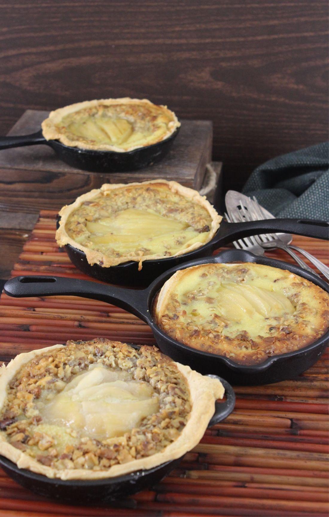 Mini Skillet Buttermilk Pear Pies In 2020 Pear Pie Pear Pie Recipe Recipes