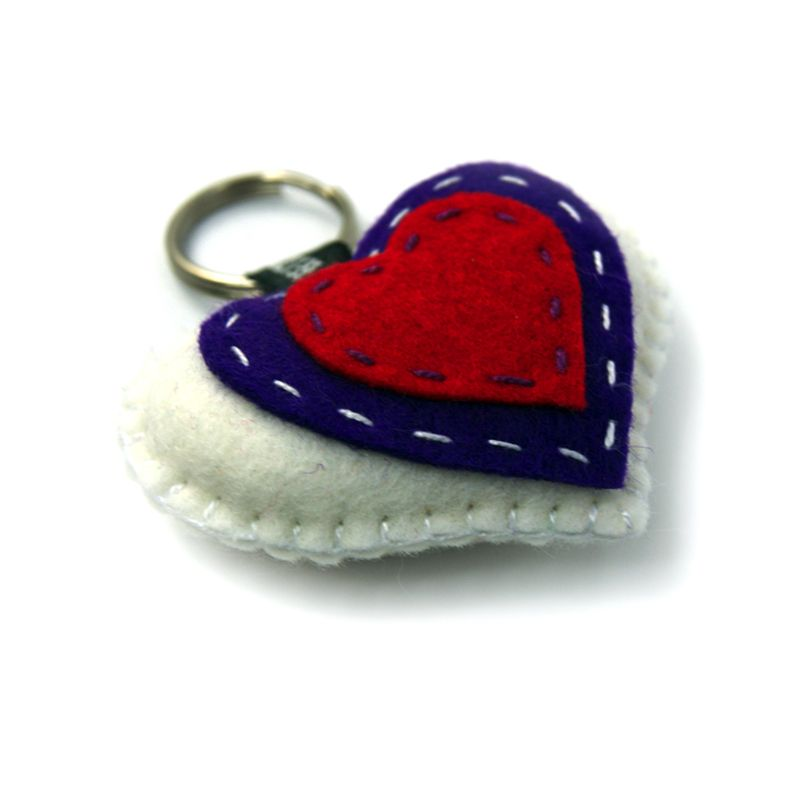 how to make felt heart keyring