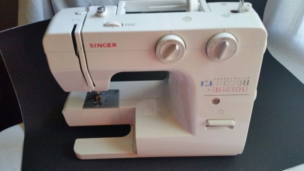 Singer Sewing Machine Model 4040 Stitch Function Wcoverneeds Mesmerizing Singer 40 Stitch Sewing Machine