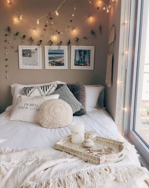 30+ Cute Dorm Room Decorating Ideas That Looks Very Elegant #collegedormroomideas