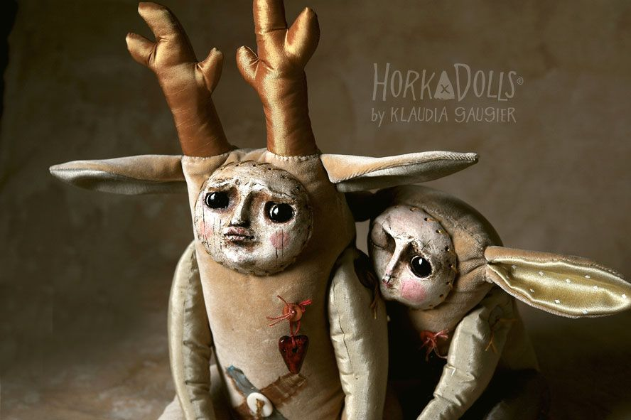 Lots of great art dolls on this polish site- use google translate!  Article SARNIAK doll: ArteHora