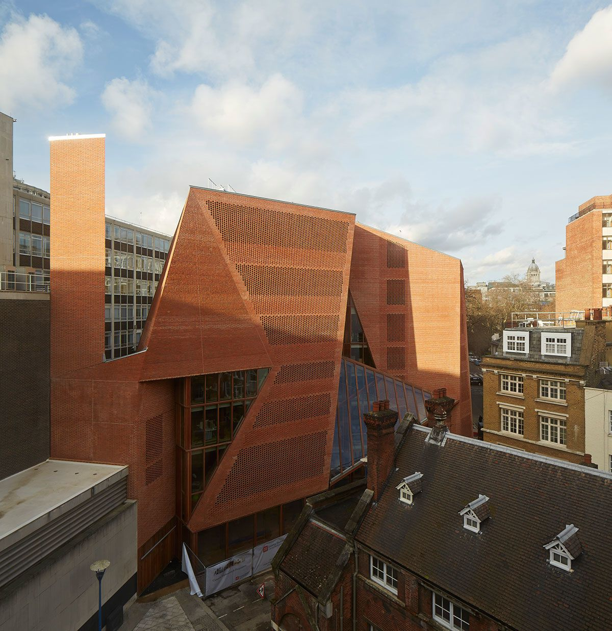 O'Donnell   Tuomey Architects, George Messaritakis, Dennis Gilbert · Saw Swee Hock Student Centre, London School of Economics