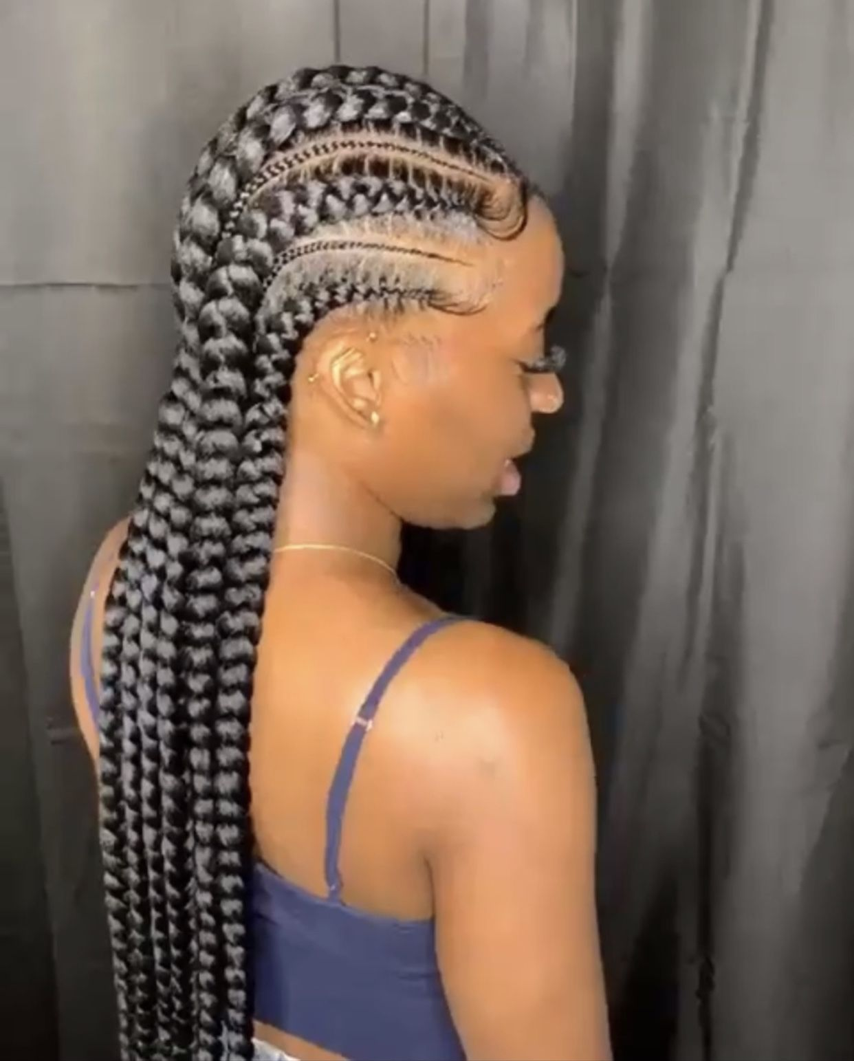 9 Engaging Simple Ideas: Women Afro Hairstyles Coiffures women hairstyles party.Women Hairstyles Red bob cut hairstyles fashion styles.Women Hairstyles Long Pony Tails.. # Braids afro glasses 12+ Captivating Messy Hairstyles Bridesmaid Ideas # Braids afro ponytail