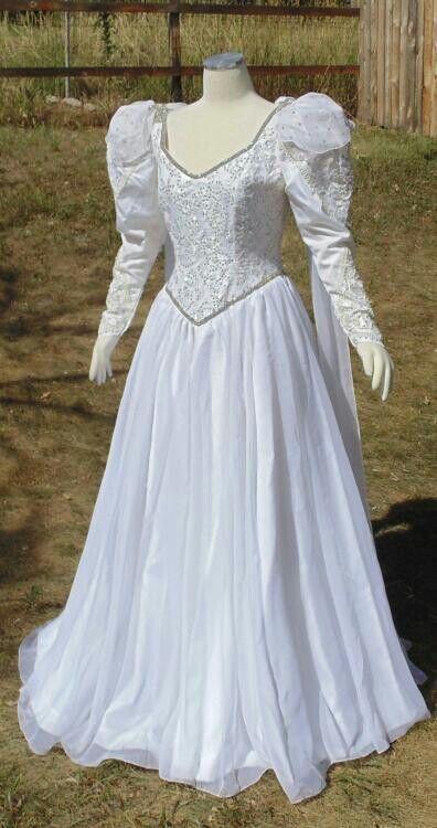 Pin by Michalina crossdresser on vintage wedding dress-crossdresser ...