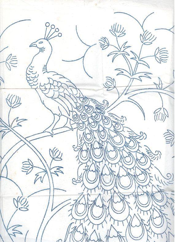 Large Jacobean Peacock embroidery transfer by craftycharlie. Äkki viitsin kunagi tikkida...
