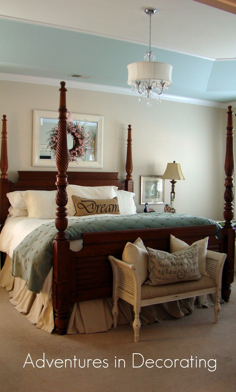 Liking The Sky Blue Band Of Color At The Top Traditional Bedroom