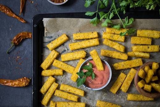 Knusprige Polentapommes mit Tomatendip Rezept - FIT FOR FUN