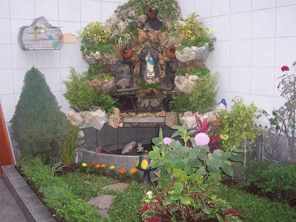 Cascada con gruta como agrandar un peque o jardin - Como decorar mi patio pequeno ...