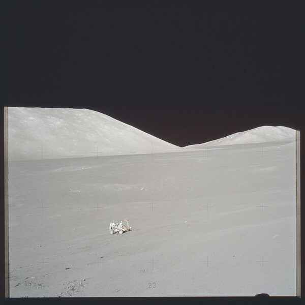 The Sickest Never-Before-Seen Photos from NASA's Apollo Mission - VICE
