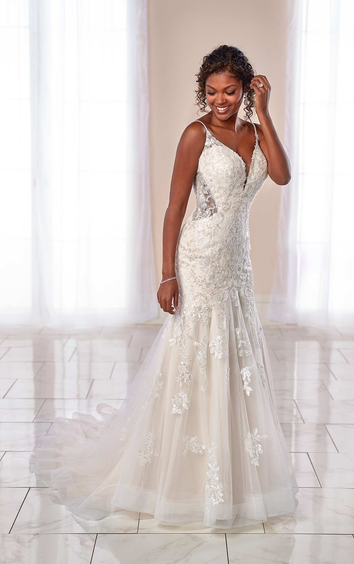 High Sparkle Wedding Dress With Sheer Detail Stella York Wedding Dresses Sparkle Wedding Dress York Wedding Dress Stella York Wedding Dress [ 1914 x 1200 Pixel ]