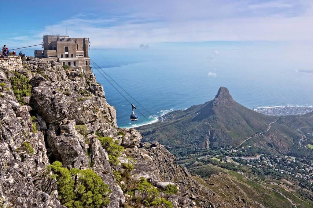 دليل المسافر إلى كيب تاون في جنوب إفريقيا سياحة صح Beautiful Places To Visit Table Mountain Cape Town Travel