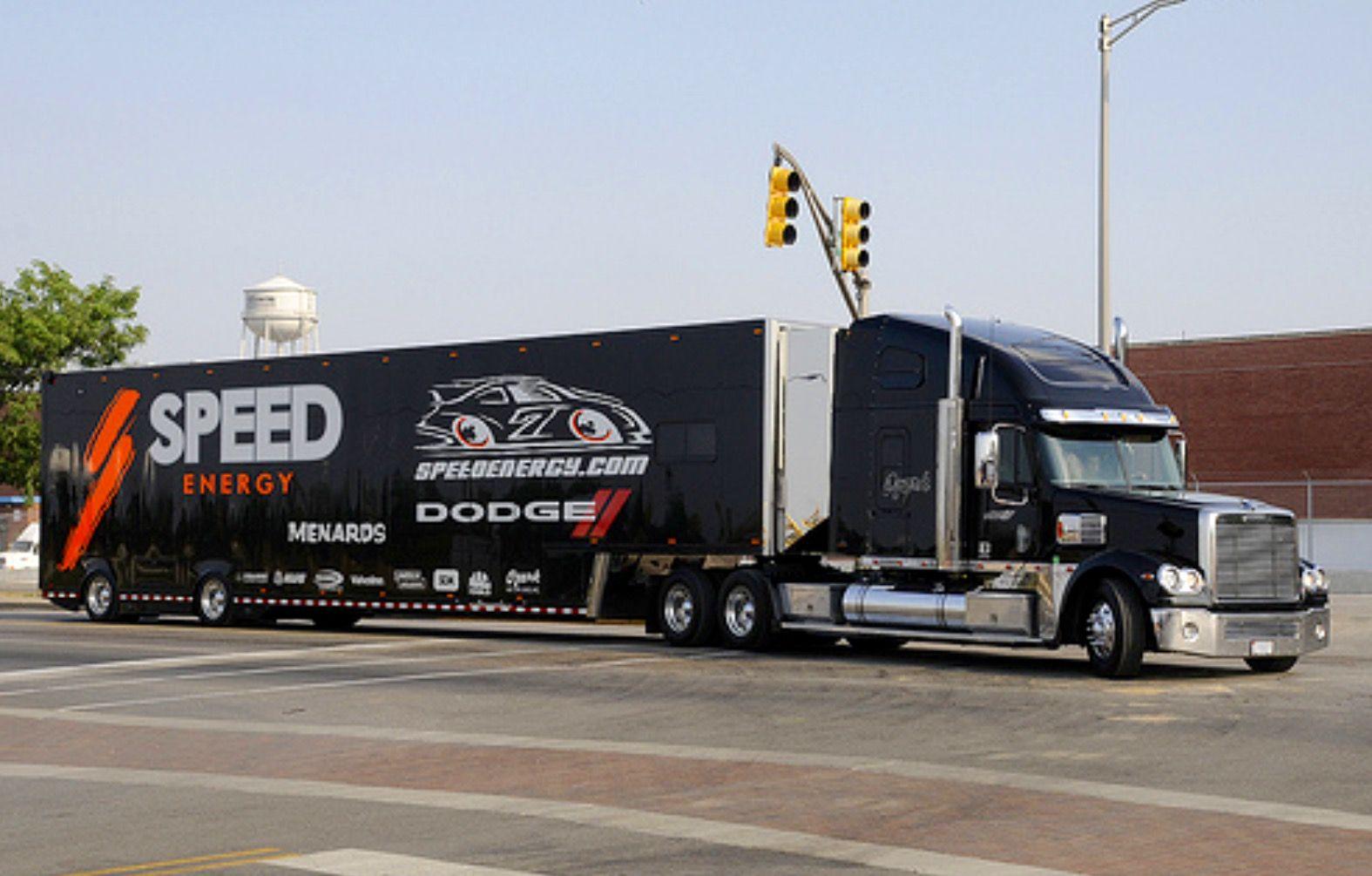 Freightliner speed hauler transporter nascar nascar