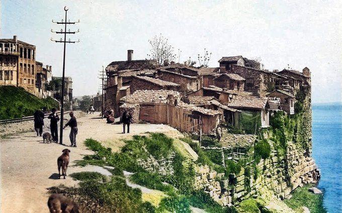 Bir İstanbul güzelliği, Çatladıkapı. 100 yıl öncesi...