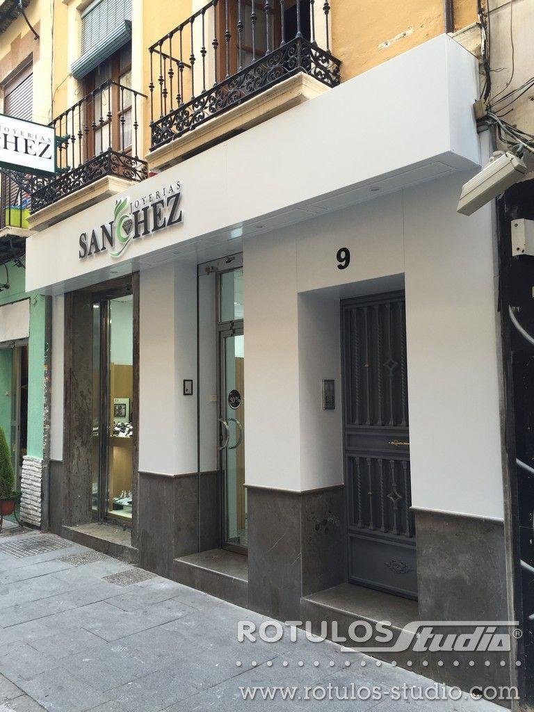 R tulos studio revestimiento de fachada y corp reo para joyer a s nchez revestimiento de - Revestimiento de fachada ...