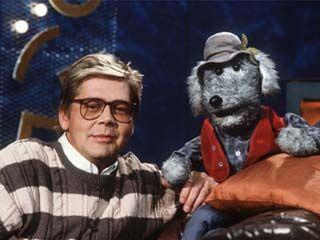 Vuoden 1978 aikana Pikku Kakkoseen saapui juontajan apulaiseksi käsinukkekoira, keskikokoinen videonoutaja Ransu.