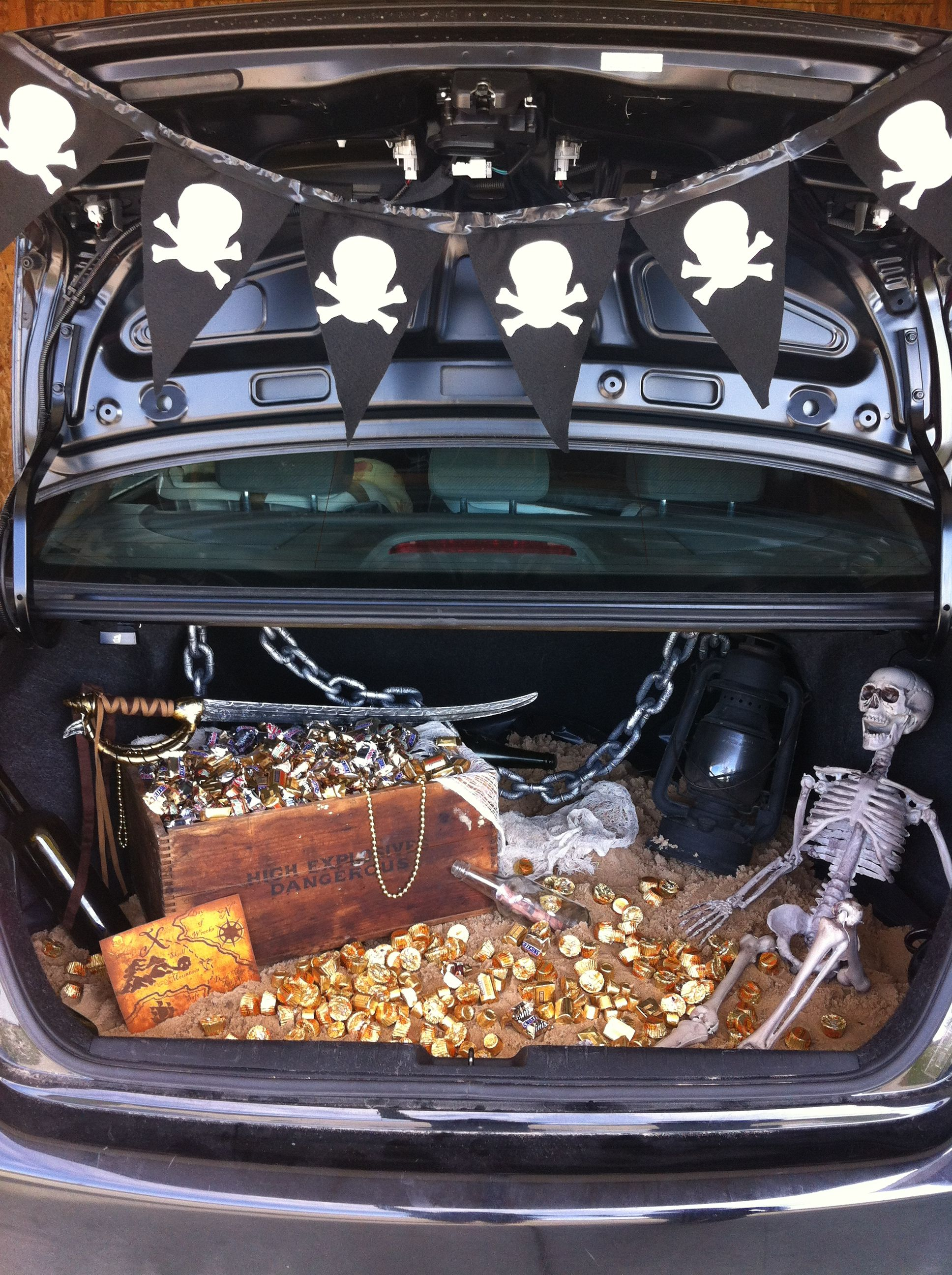 Halloween Pirate Decorations Ideas.27 Clever Trunk Or Treat Ideas Tip Junkie