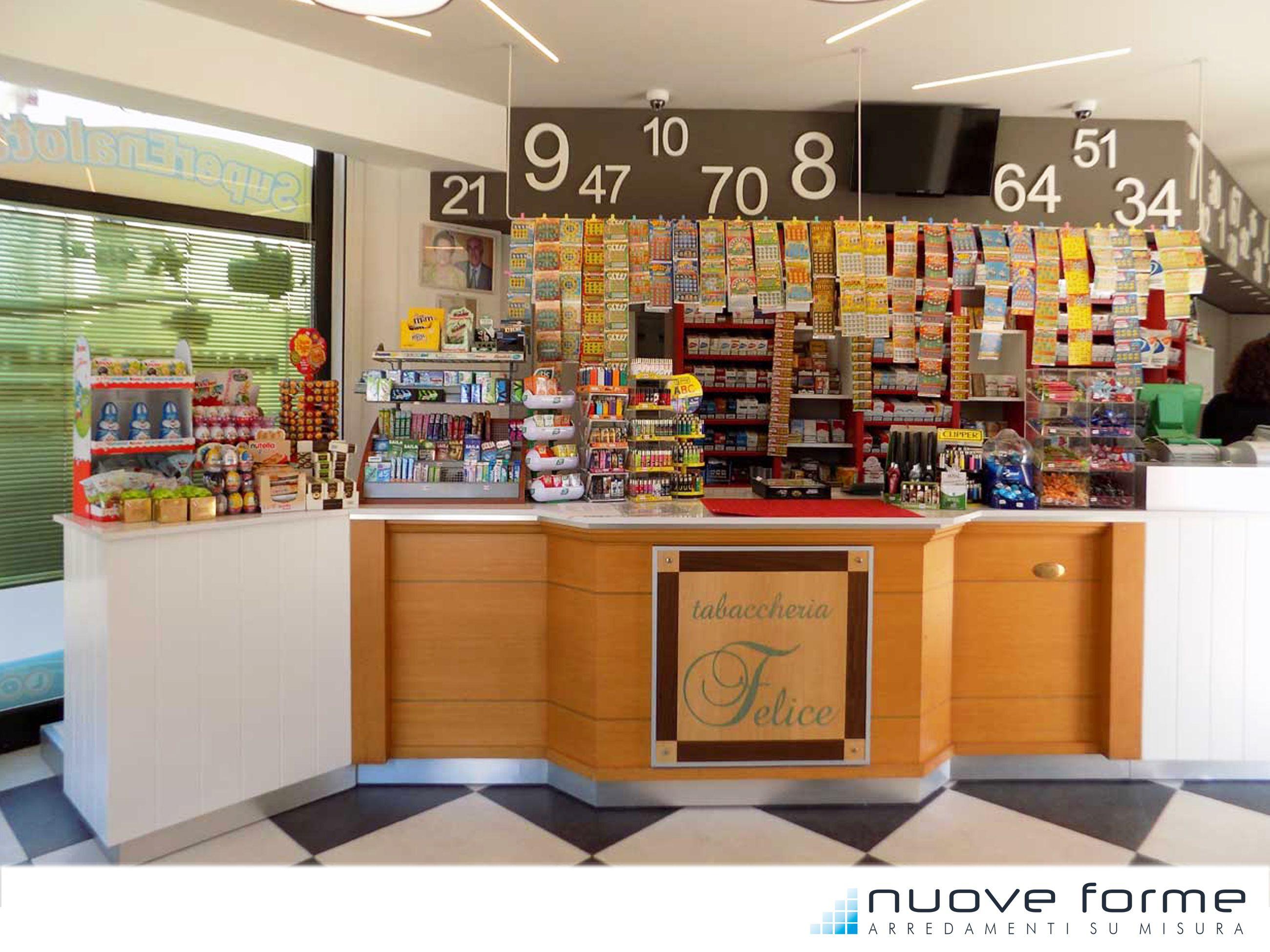 Arredamento tabaccheria ~ Integrazione di un banco esistente con il nuovo arredamento