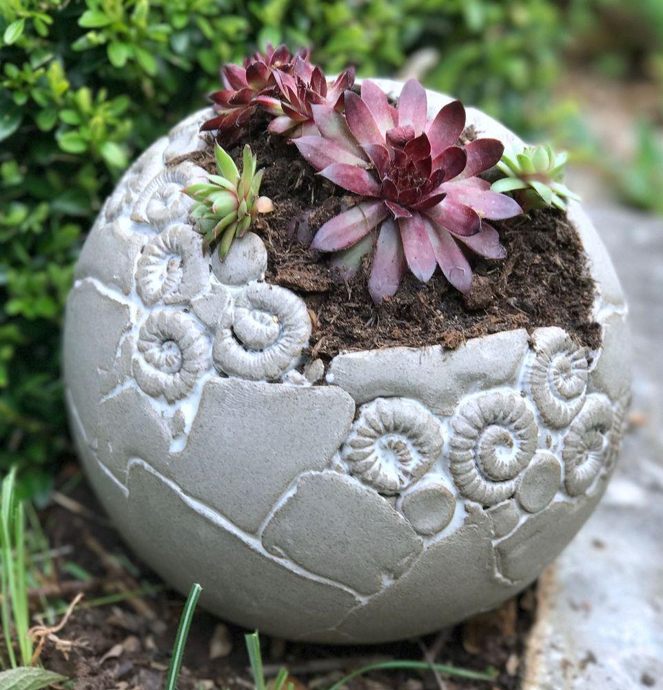 Pflanzkugel Grau Weiss Keramik Frostfest Unikat Getopfert Gartendekoration Pflanzen Weisse Keramik
