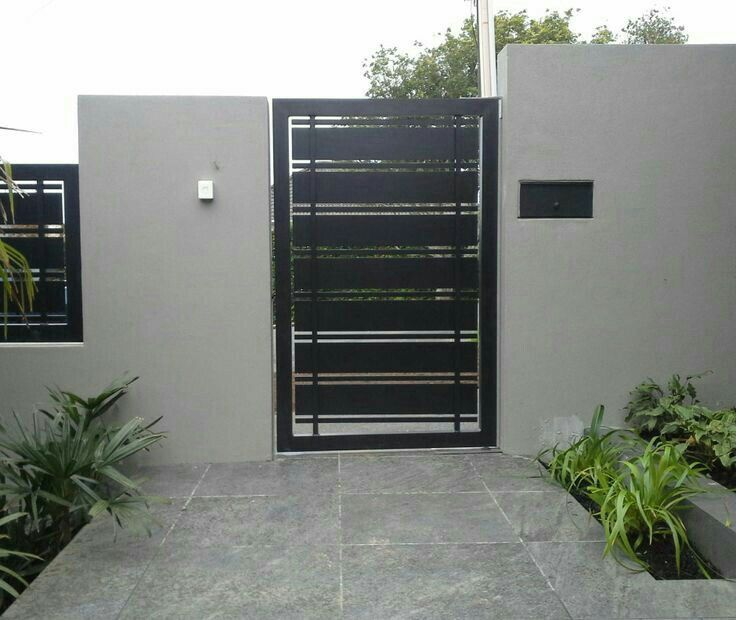 Pin de leo pardo en herrer a y balconeria pinterest for Puertas herreria exteriores