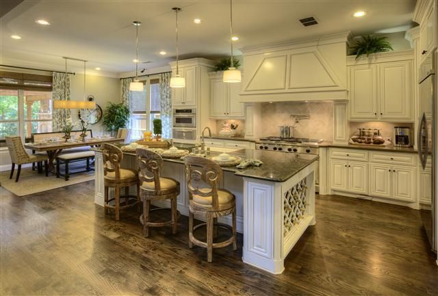 2205 Cotswold Valley Court Southlake Tx 76092 Southlake Texas Home Kitchen Inspirations Home Luxury Kitchens