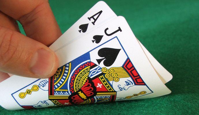 Easy gambling games with cards blackjack advantage play reddit