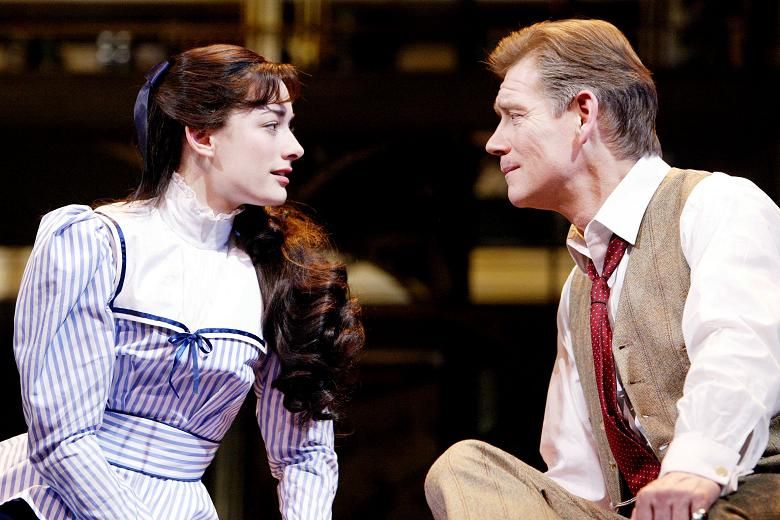 Laura Michelle Kelly 08 Theatre