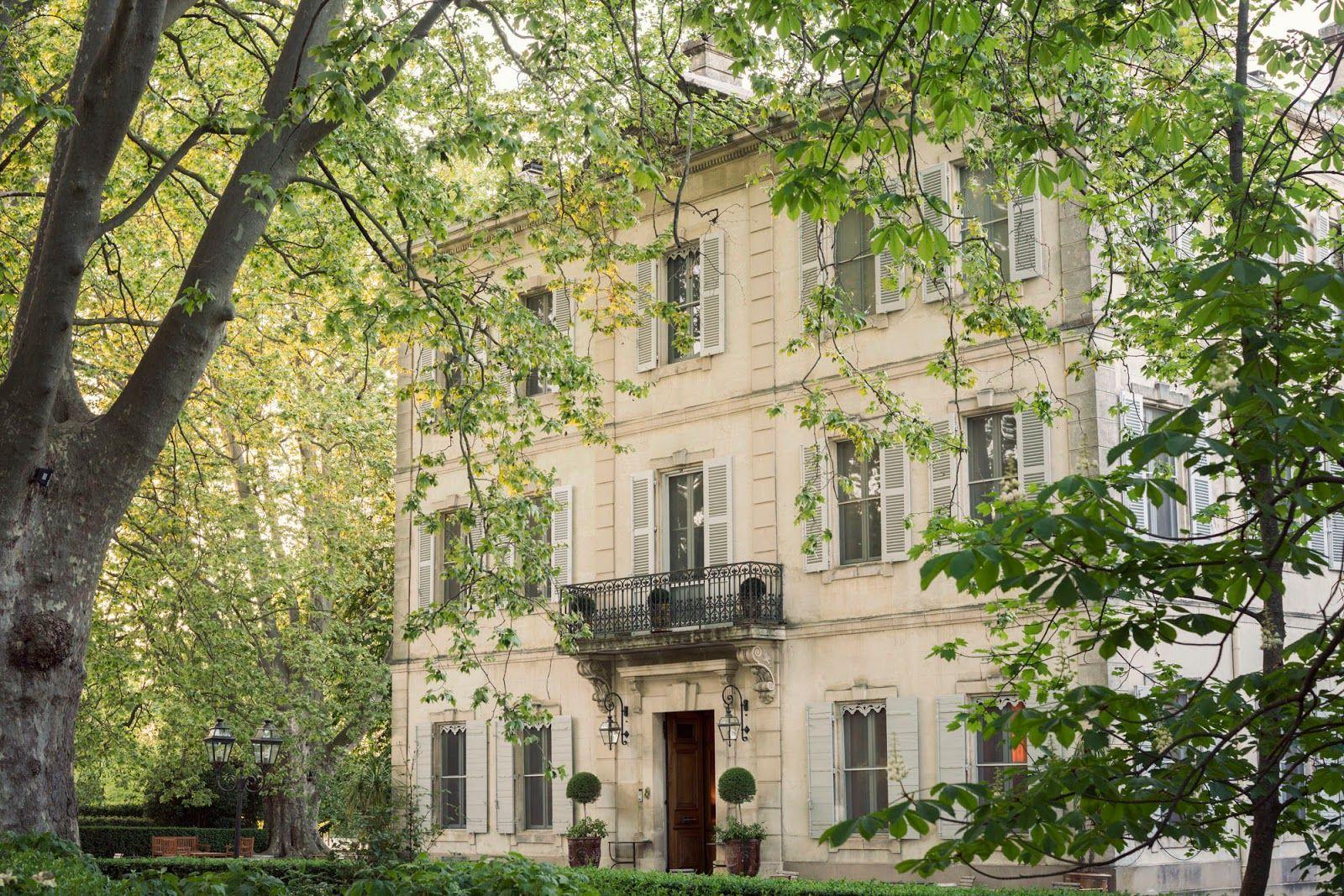CHATEAU DES ALPILLES Chateau hotel, Chateau