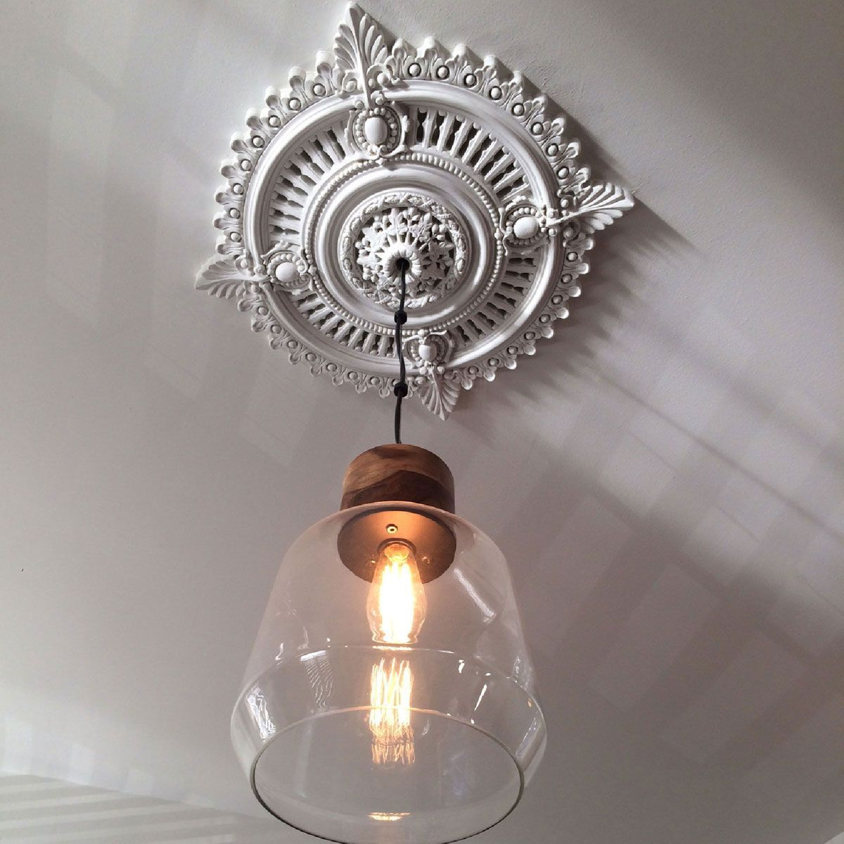 Ceiling Medallions With Pendant Lighting Ceiling Medallions Ceiling Lights Glass Pendant Light