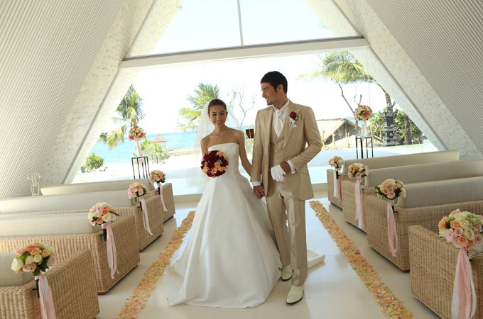"ULU SHANTI / The Royal Santrian luxury beach villas It is called ""Island of Gods"", new wedding pavilion with ""Healing"" concept will be opened in 2013, Autumn. The new wedding pavilion is name..."