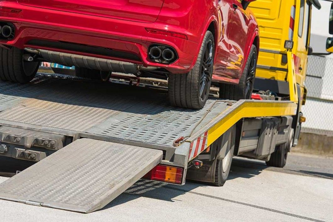 Need a Professional Towing Service in Hollywood, FL? Look