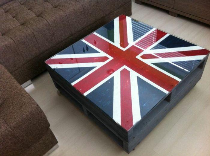 Faire une table basse en palette l angleterre peinture verre plateau1 palet - Faire une table basse ...