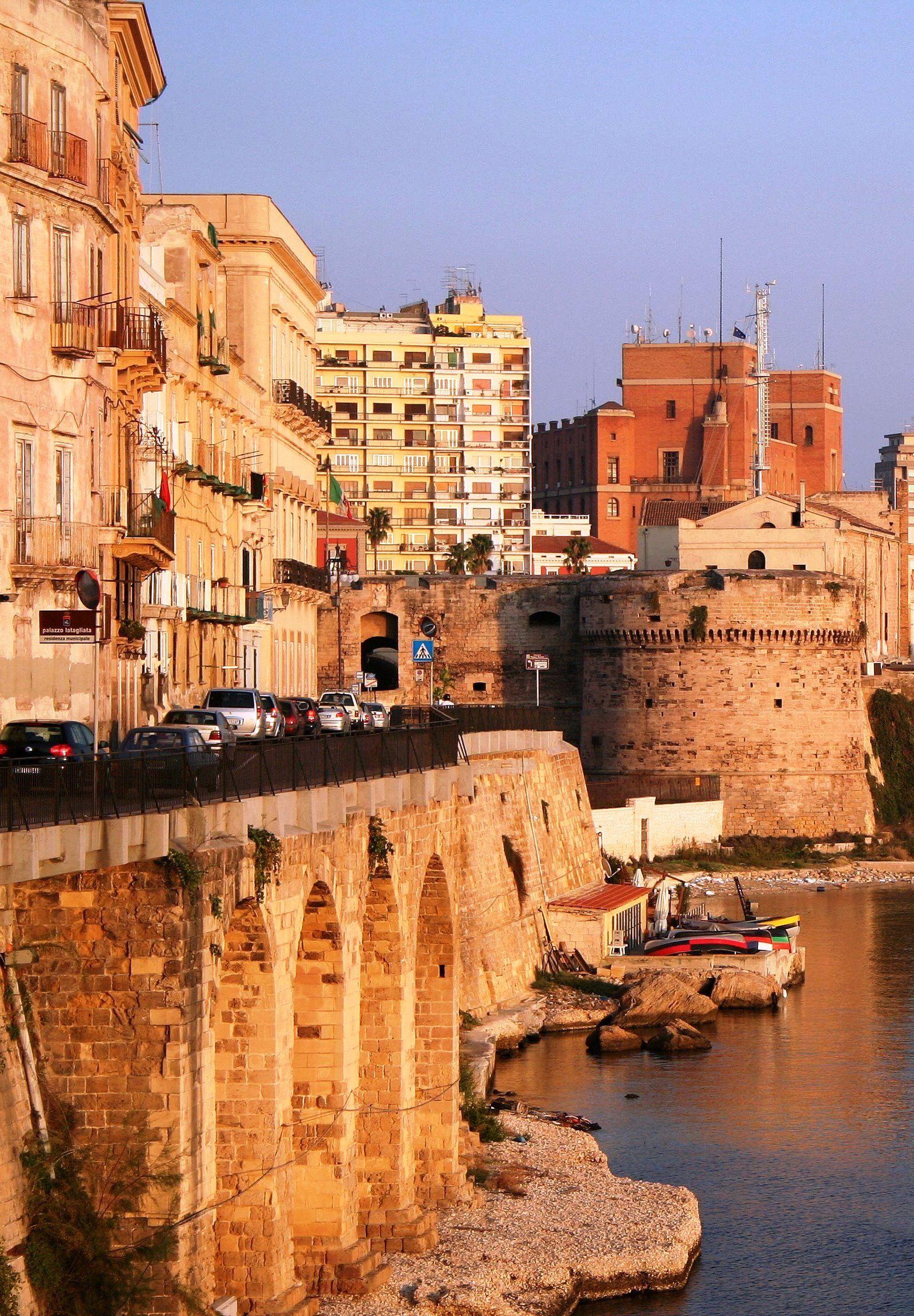 50 Most Beautiful Cities in Italy | Città vecchia, Città