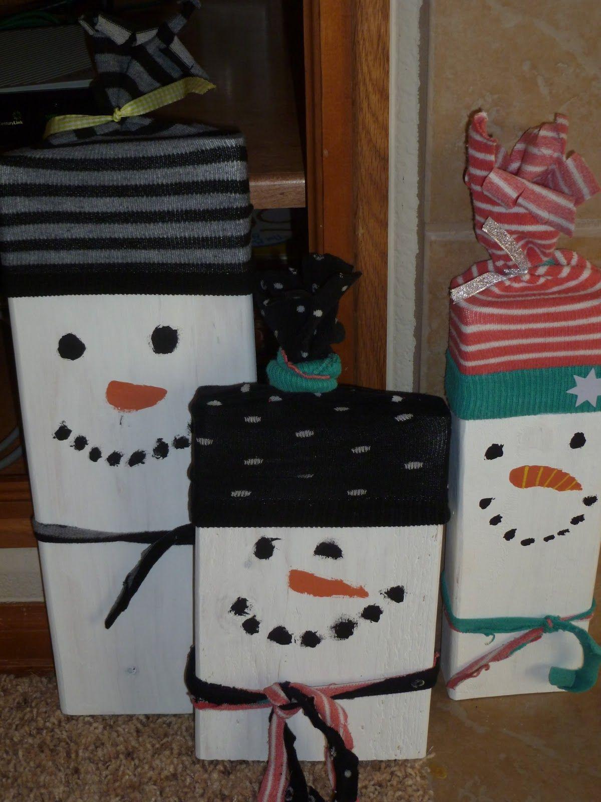 simple wooden snowman craft christmas pinterest. Black Bedroom Furniture Sets. Home Design Ideas