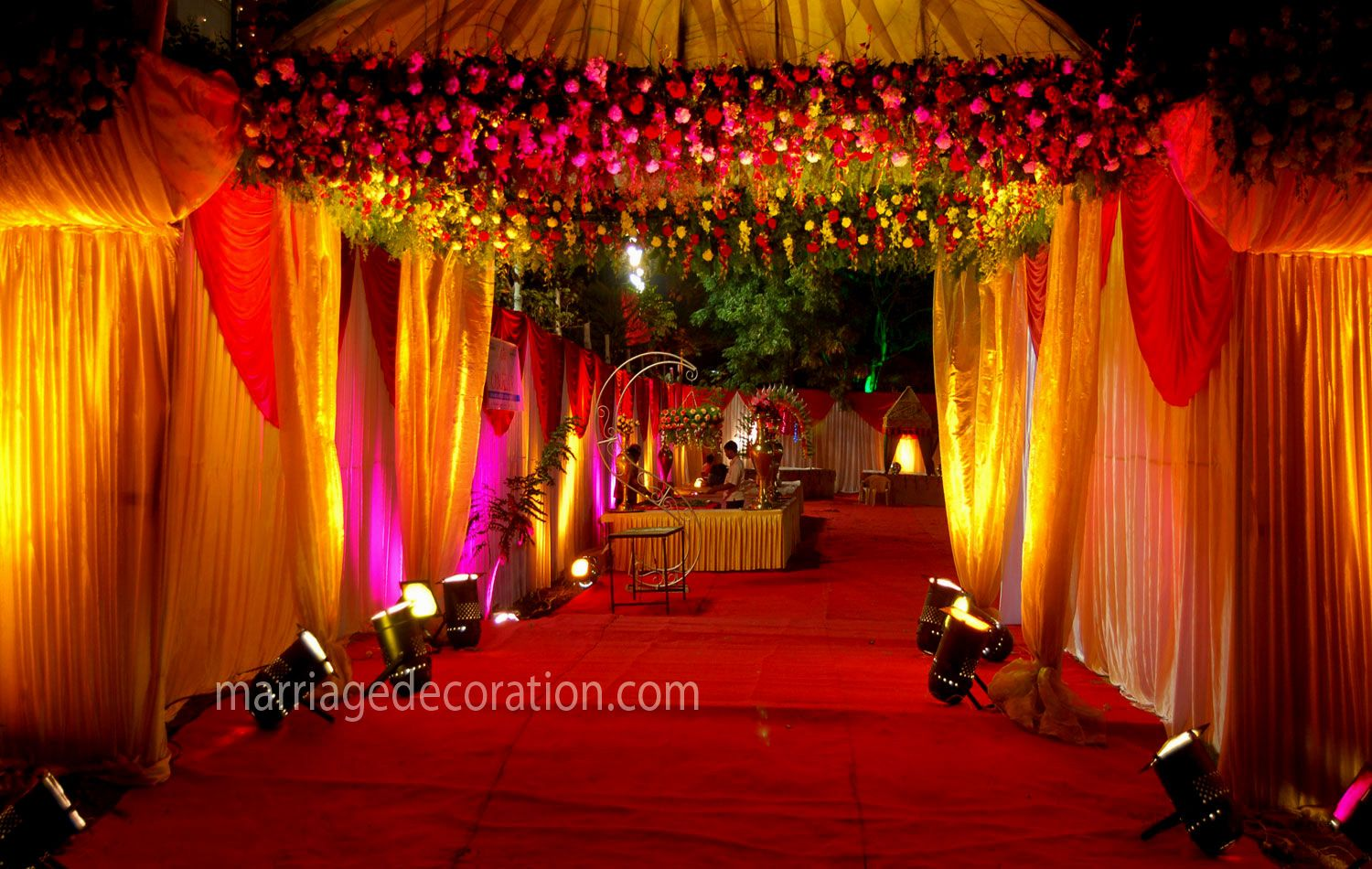 Wedding stage decoration google search decor exec pinterest wedding stage decoration google search junglespirit Image collections
