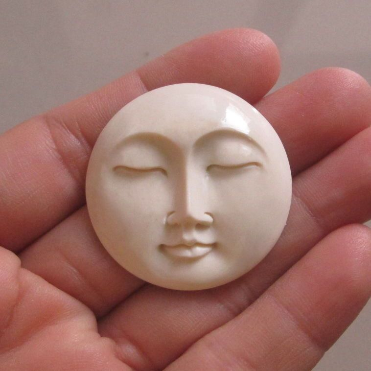 35 Mm Moon Face Pendant Buffalo Bone Carving With Hole On Back Side 091010 Bone Carving Soap Carving Wax Carving