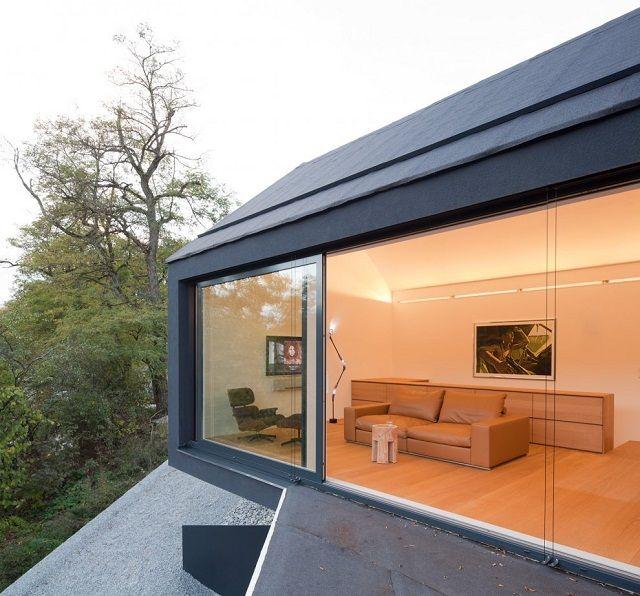 Architektur, die sich nahtlos in die Landschaft bettet