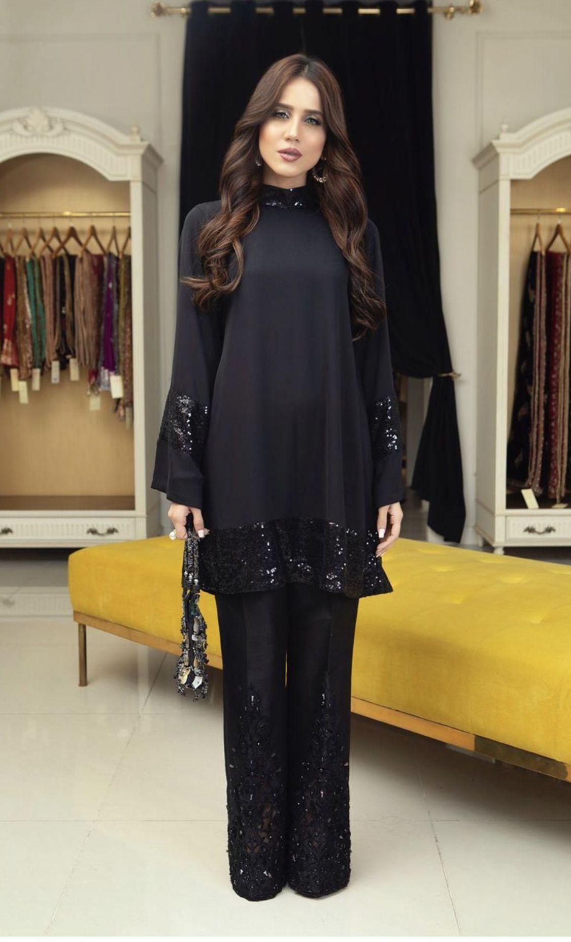 Pin By Anidam Mahammadjonova On Pakistani Fashion Fancy Dress Design Stylish Dress Designs Fashion Dresss [ 1854 x 1125 Pixel ]