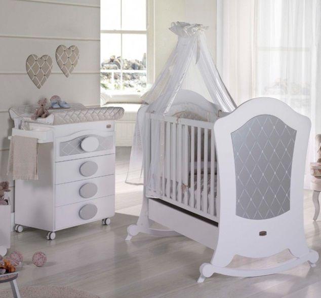 Une chambre bébé féerique disponible dans son nouveau format ...