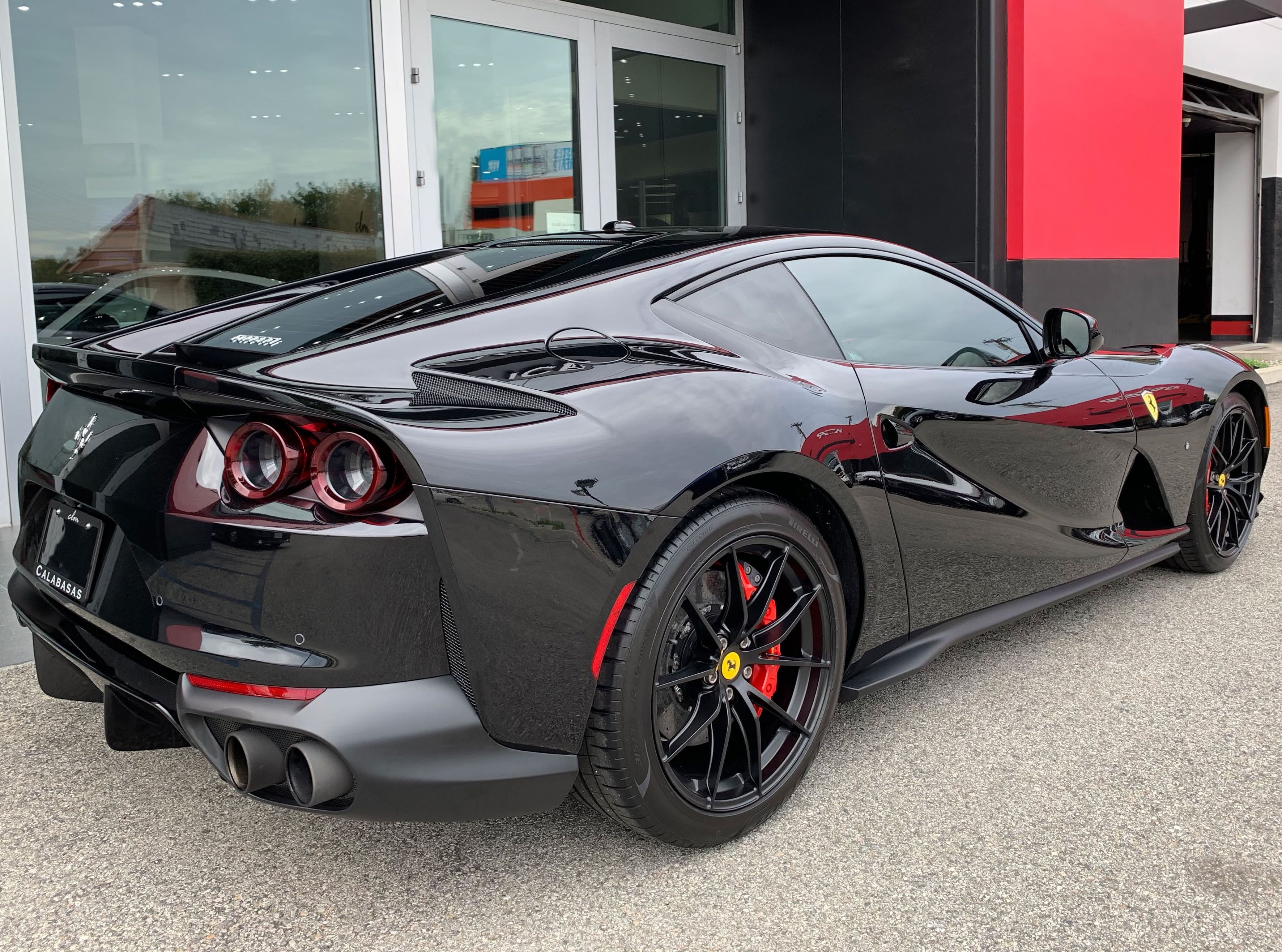 2018 Ferrari 812 Superfast In 2020 Fast Sports Cars Ferrari Ferrari World