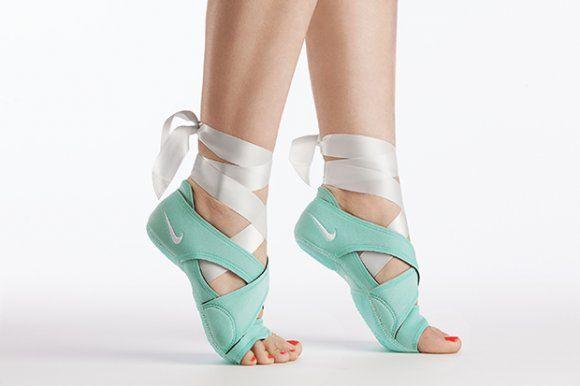 Nike Wmns We Run Dc Collection Via Tenisufki Eu Nike Studio Wrap Ballet Shoes Studio Wrap