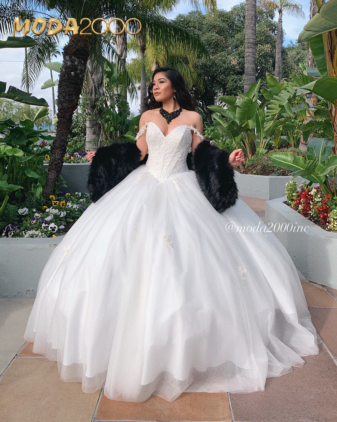 White Off The Shoulder Quinceanera Dress White Quinceanera Dresses Quinceanera Dresses Quince Dresses [ 1350 x 1080 Pixel ]