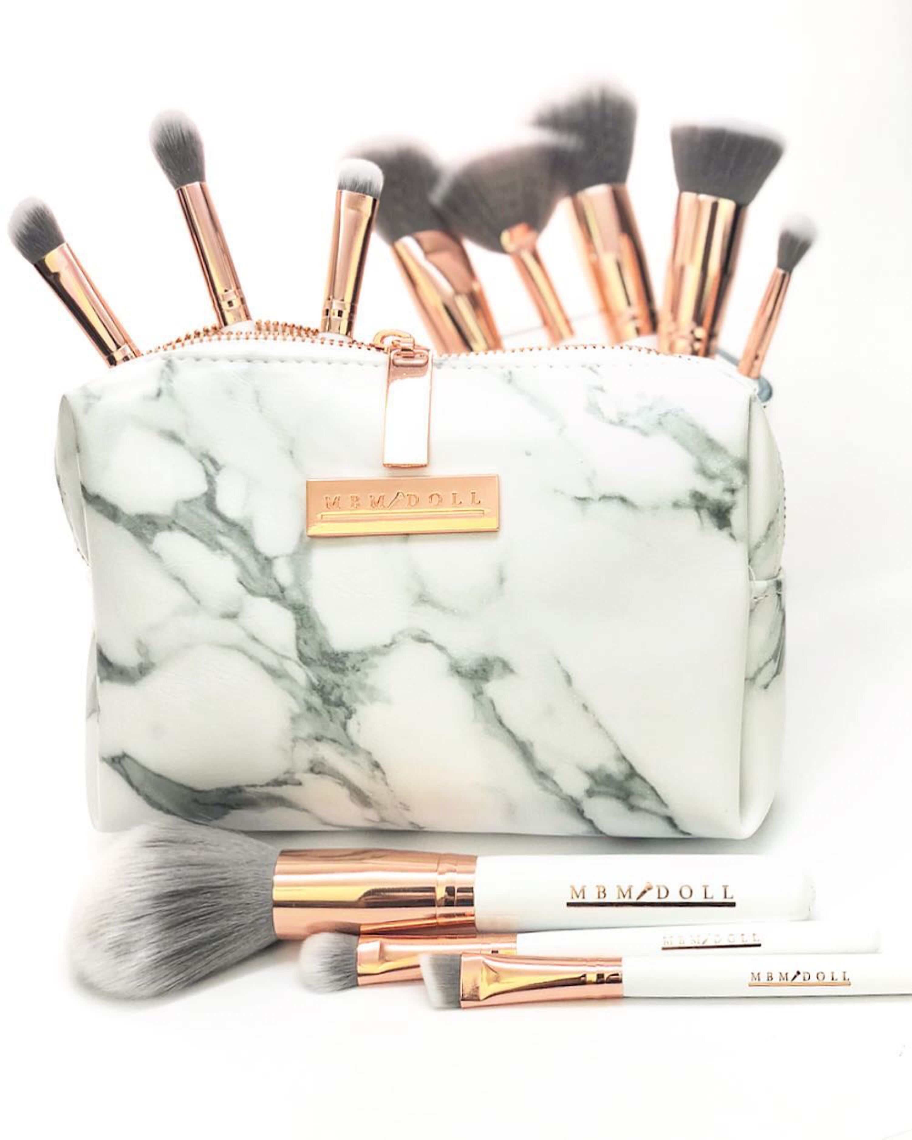 Pin By My Beauty Mark Makeup Academy On Rose Gold Vibes Rose Gold Brush Set Rose Gold Brushes Cruelty Free Makeup Brushes