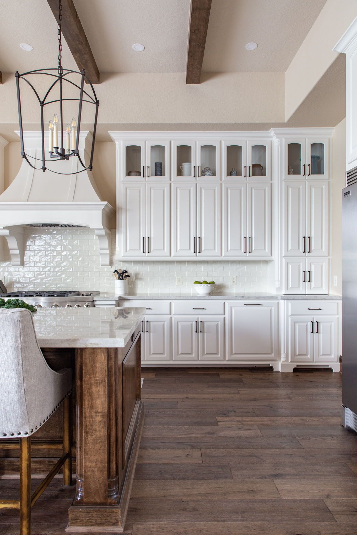 White Kitchen With Stained Island Farmhouse Kitchen In White Farmhouse Style Kitchen Cabinets White Kitchen Rustic Farmhouse Style Kitchen White kitchen cabinets with island