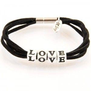 http://store.lovya.net/letters-from-your-heart-lovya/279-bransoletka-love-z-kolekcji-letters-wersja-srebrna.html